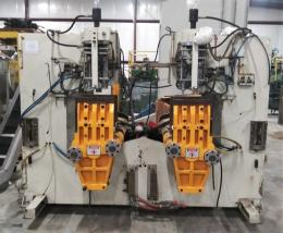 Akei AO-70SNL dual shuttle Blow Molding Machine