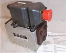 Moog G631-3002B Hydraulic Servo Valve