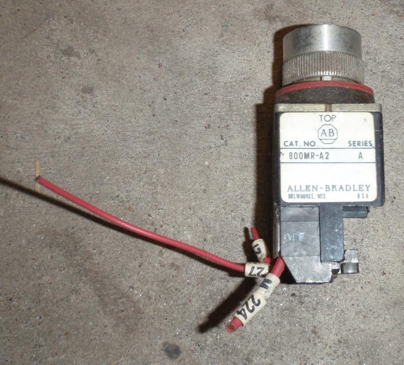 Allen-Bradley 800MR-A2 Push Button Switch | Garden City Plastics