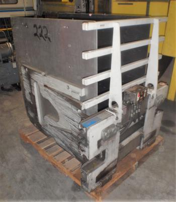Cascade 25D-CCS-35QR4, 2500 pound carton clamp