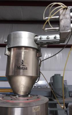Conair CH14-3 Motan Vacuum Receiver