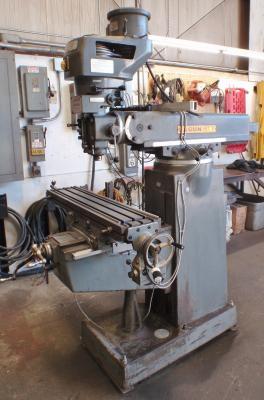 Lagun FT.1 9 in. X 42 in. vertical milling machine front