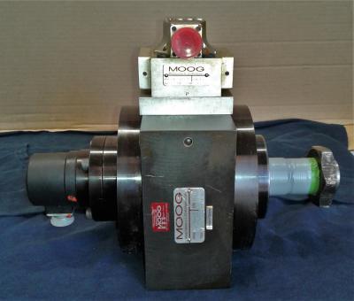 Moog D085-236 Program Cylinder w Moog D760-2405A Servo Valve