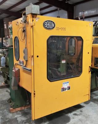 Bekum H-111 Blow Molder Front Closed